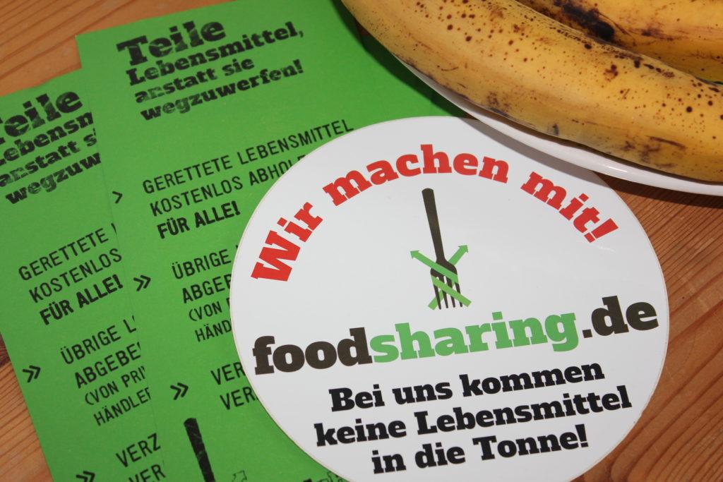 """Foodsharing Aufkleber """"Wir machen mit! - Bei uns kommen keine Lebensmittel in die Tonne"""" Flyer"""